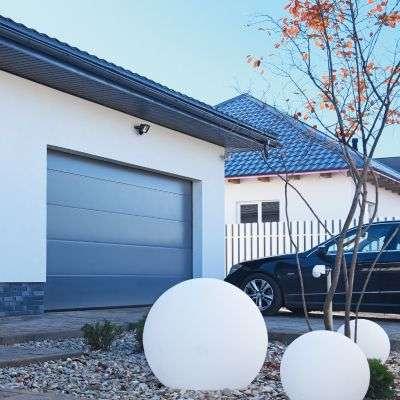 Секционные гаражные ворота серии Prestige
